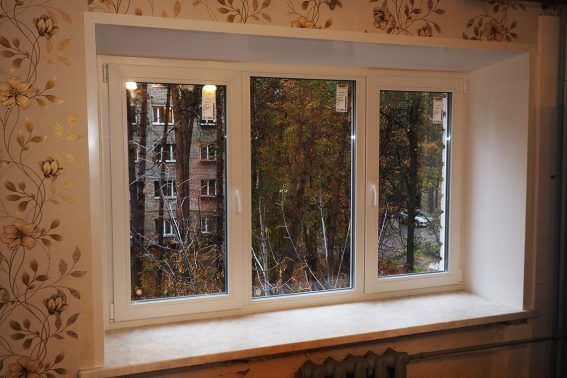trehstvorchatoe okno