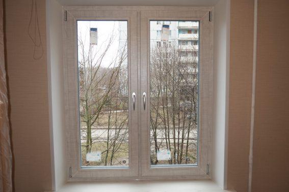 Окно с ламинацией